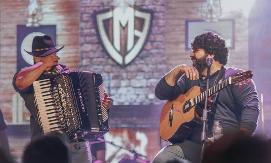 Festa Junina do Villa Country com César Menotti e Fabiano