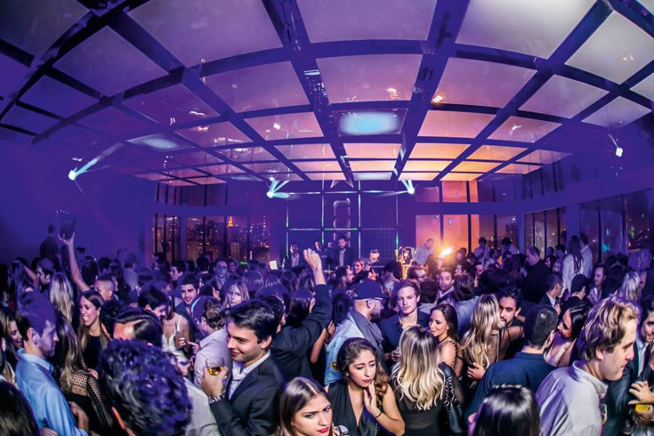 Festa Disco Club no Tetto Rooftop Lounge